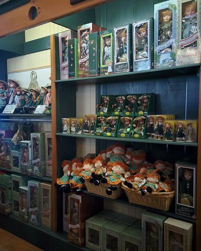 Wall of Anne (2) #pei #princeedwardisland #cavendish #avonleavillage #anneofgreengables #lmmontgomery #dolls
