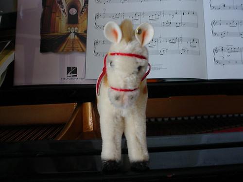 Steiff pony II