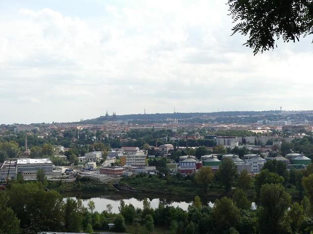 Blick vom Zoo auf die Stadt