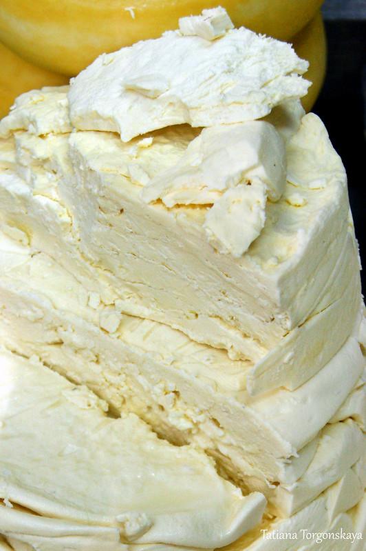 Сыр на херцегновском рынке