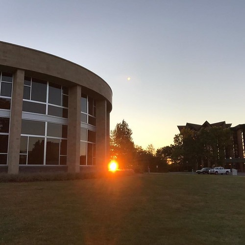 A beautiful start to what promises to be a memorable day with our Valpo family! #ValpoHome17