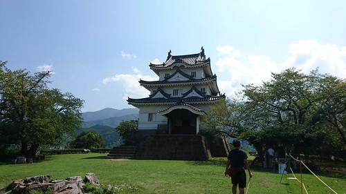 宇和島城は現存十二天守。なんかかわいい。
