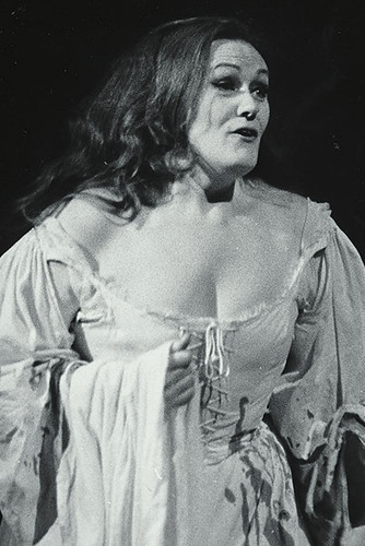 Joan Sutherland in action.