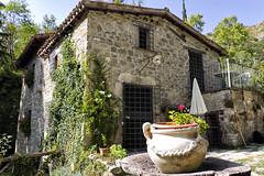 Così in terra - il vecchio mulino presso le Cascate di Forcella (agriturismo Arcera)