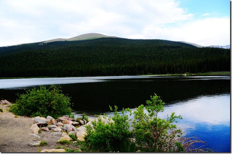 Echo Lake(3,230 m) 3