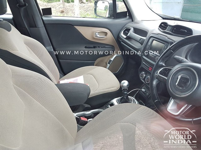 Jeep-Renegade-Exclusive-Spy-Pics (4)