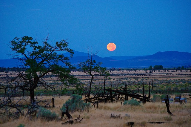 Penumbral lunar eclipse, Pentax K-7, smc PENTAX-DA 55-300mm F4-5.8 ED