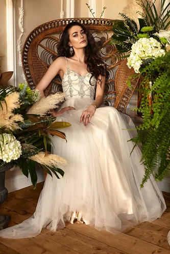 Attractive Lace Wedding Dresses by Catherine Deane