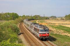 17 avril 2013 BB 67445-67431 Train 3835 Nantes -> Bordeaux Aubie-St-Antoine (33) - Photo of Marcenais