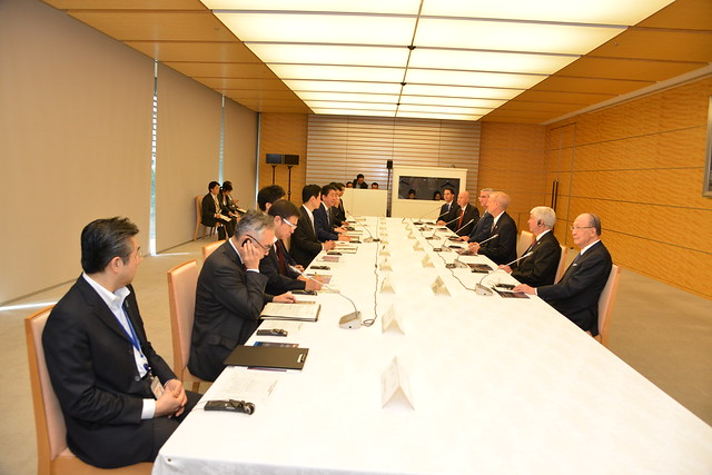 Gov. Ricketts, Prime Minister Abe of Japan Meet in Tokyo