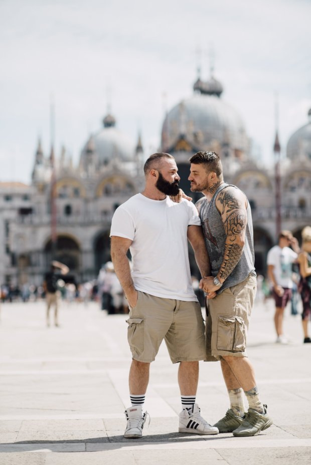 This Adorably Romantic Proposal In The Backdrop Of Venice Give Us