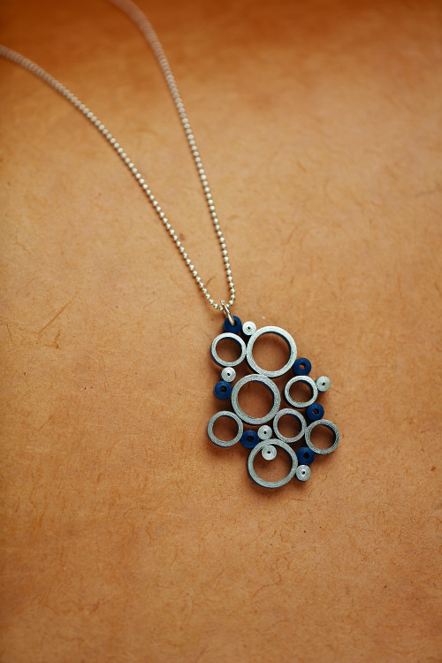 Blue Bubbles Quilled Pendant from The Art of Quilling Paper Jewelry book