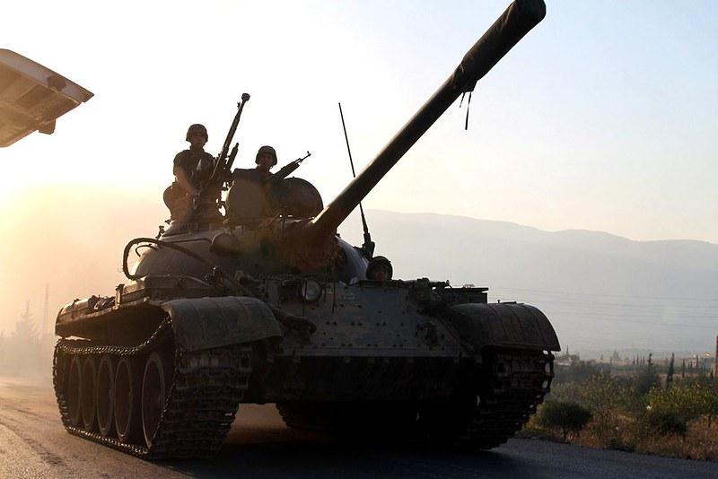T-55-lebanese-army-syrian-border-201408-4lj-1