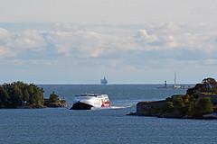 Viking FSTR in the narrow strait