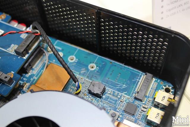 ZBox Magnus EN1070K 12
