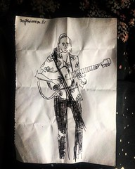 Yesterday night was my first time playing in Paris. This was given to me by a lovely lady @sophieimren #paris #sketch #visuals #blackandwhite #passion #love #montmartre #martinguitar