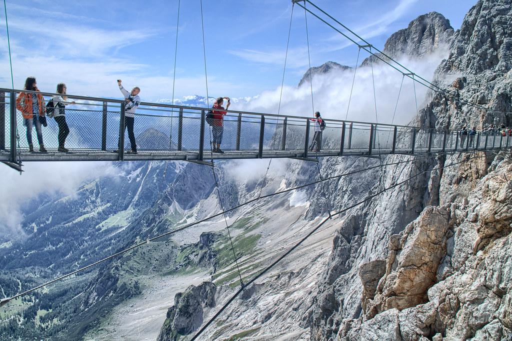 Dachstein Gletscher's Skywalk