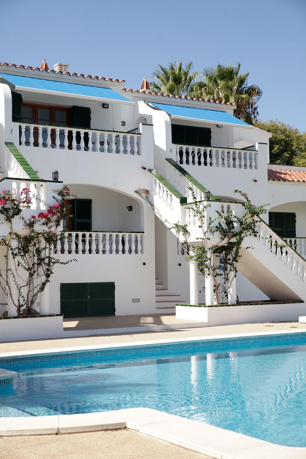 06_jamaica_apartamentos_menorca_vacaciones_en_familia_theguestgirl_travel_post_travel_viajar_fornells_menorca_the_guest_girl