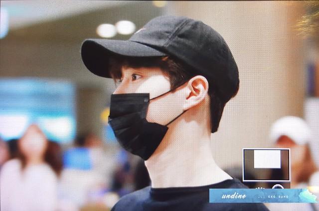 170806 EXO at Hongkong and Incheon Airport
