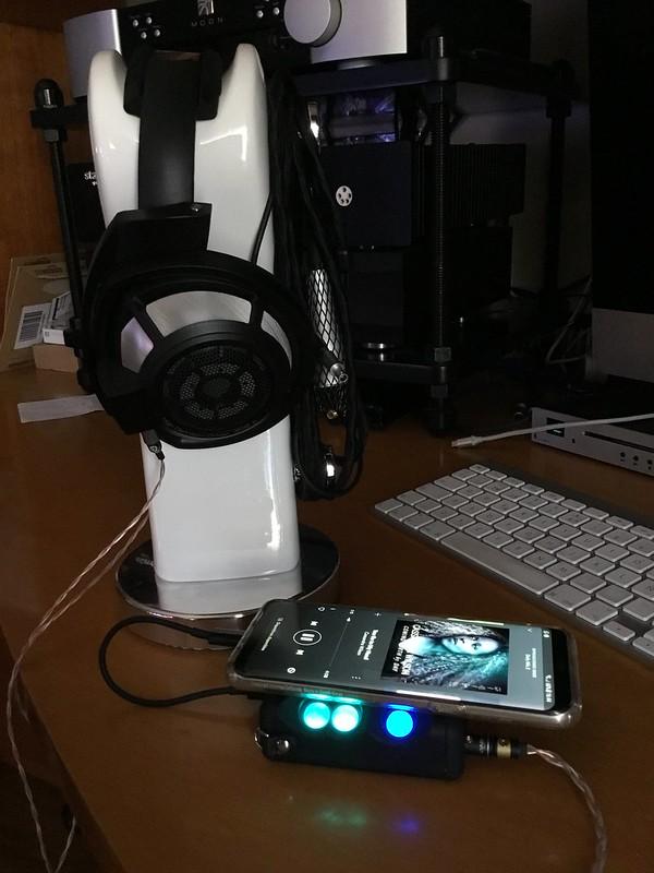 Amplificador+DAC portatil para iphone + senheisser HD600 36271521463_c41ba416f3_c