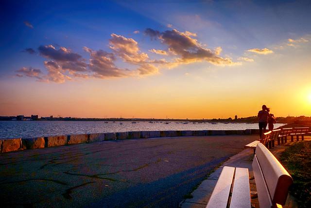 Sun setting at Head Island