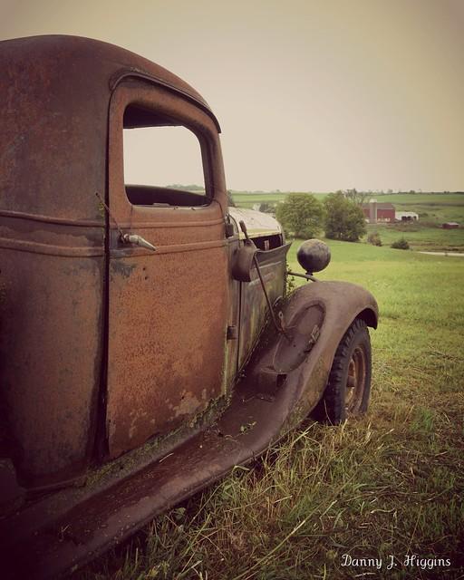 Wet Rust.  Monroe, Wisconsin.  DSC_6912