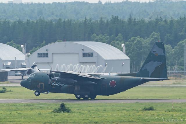 JASDF Chitose AB Airshow 2017 Rehearsal 7.21 (16) JASDF C-130H #083
