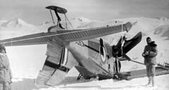 1960 NZ6010 crashed Beaver-inverted