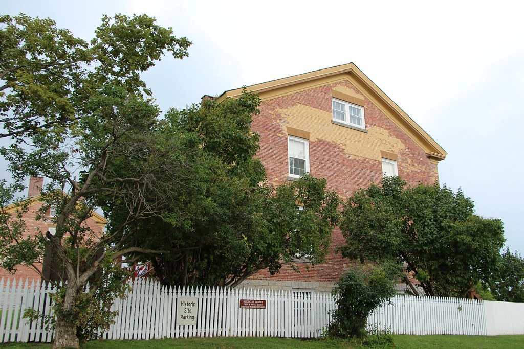 Candlelight Bed And Breakfast Sackets Harbor