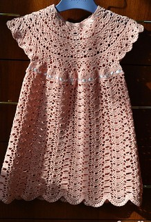 😍😁😍 loving this delicate and simple crochet dress model see this pattern step by step. I loved it