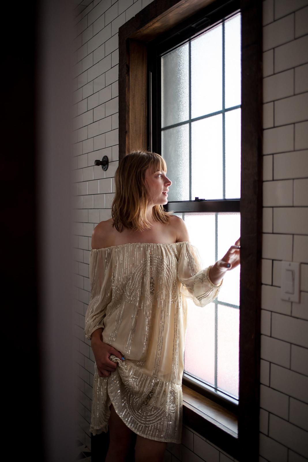 Sequin Dress in the window on juliettelaura.blogspot.com