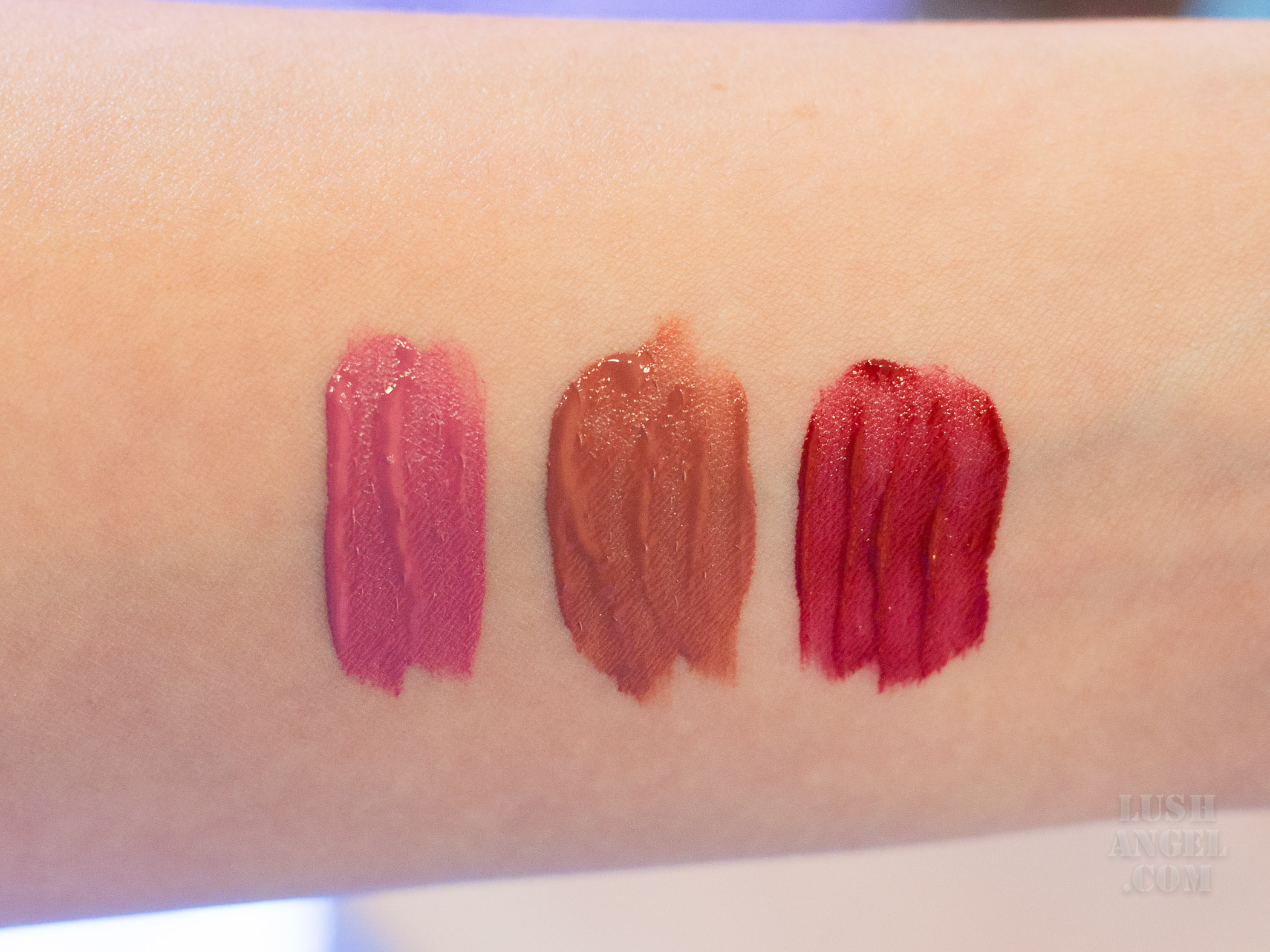 happy-skin-sanrio-liquid-lipstick-swatch