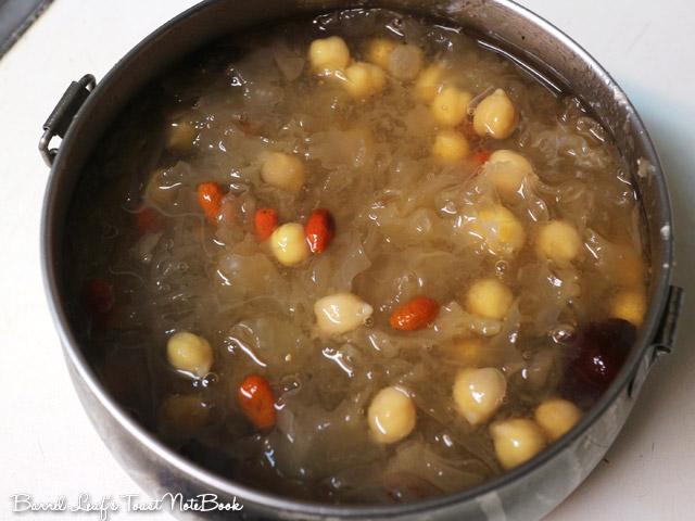 銀耳湯 (白木耳湯) White Wood Ear Soup (5)
