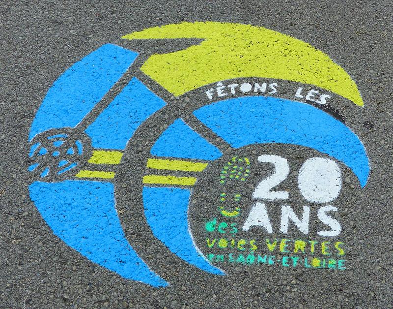A travers le Bourbonnais, le Beaujolais et la Bourgogne... 37339088665_4c2ef40e90_c