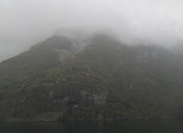 Aurlandsfjord mountains