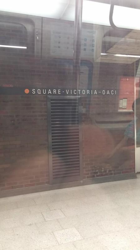 Square-Victoria-OACI station