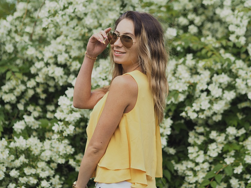 summer-look-rayban-outfit-smile