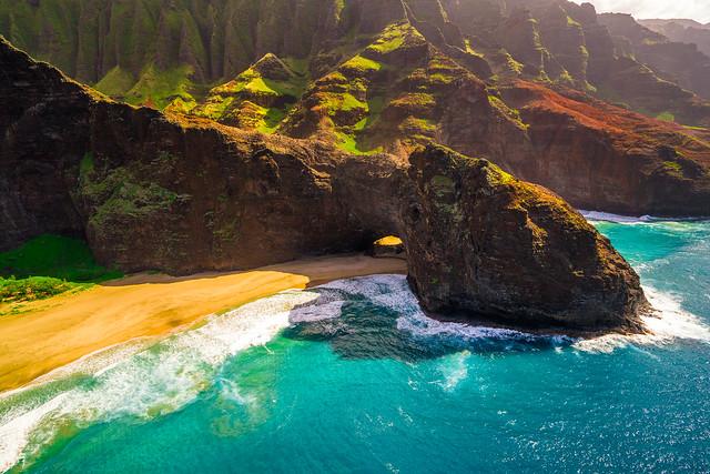 Kauai Tunnel, Sony ILCE-7RM2, Sony FE 16-35mm F4 ZA OSS