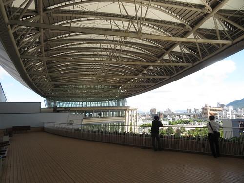 小倉競馬場の5階のバルコニー