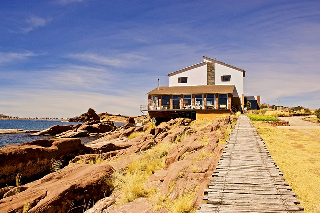 The charming Titlkaka hotel on the shores of lake Titicaca