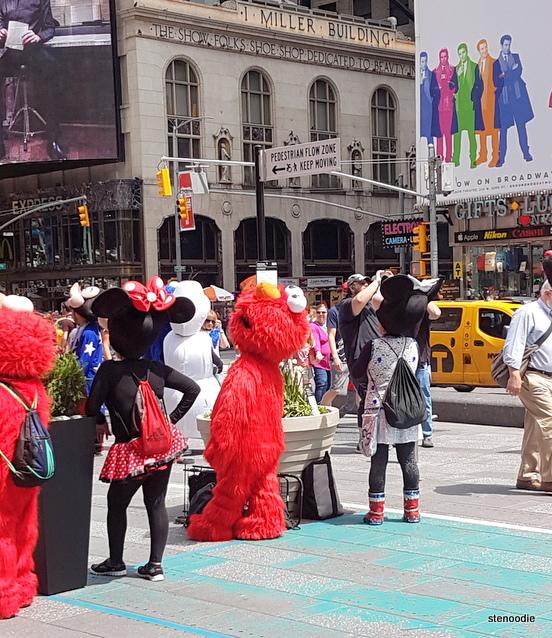 Elmo street performers