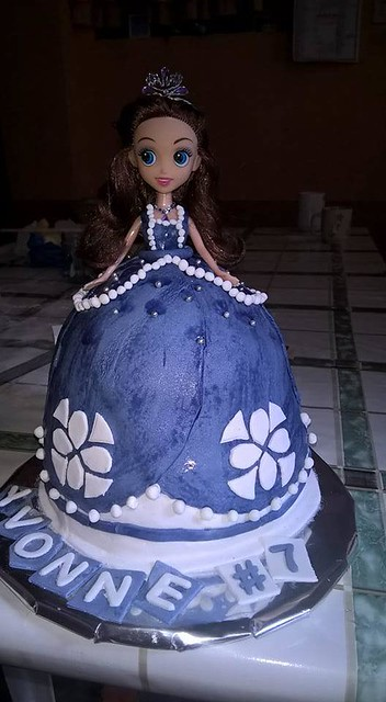Sofia the First Themed Cake by Arhim Palo