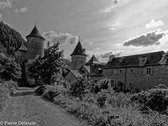 Château de Saint-Saturnin - Photo of Saint-Georges-de-Lévéjac