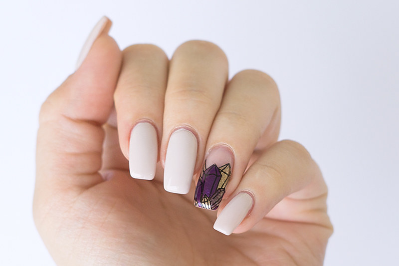 Nailart: Gem Nails