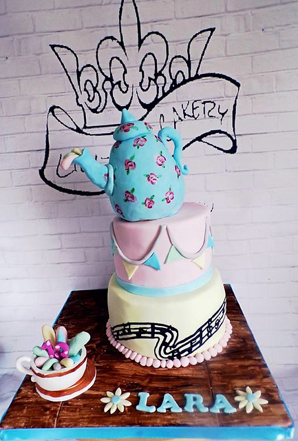 Cake by Lily-rose cakery