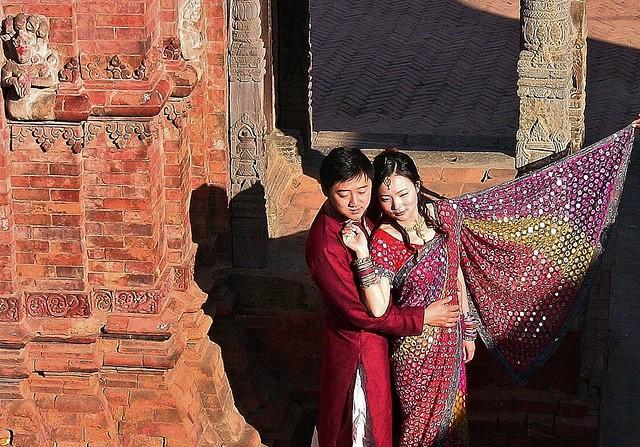 NEPAL , Bhaktapur, Tempel , Pagoden usw., keine Nepalesen, 16473/8799