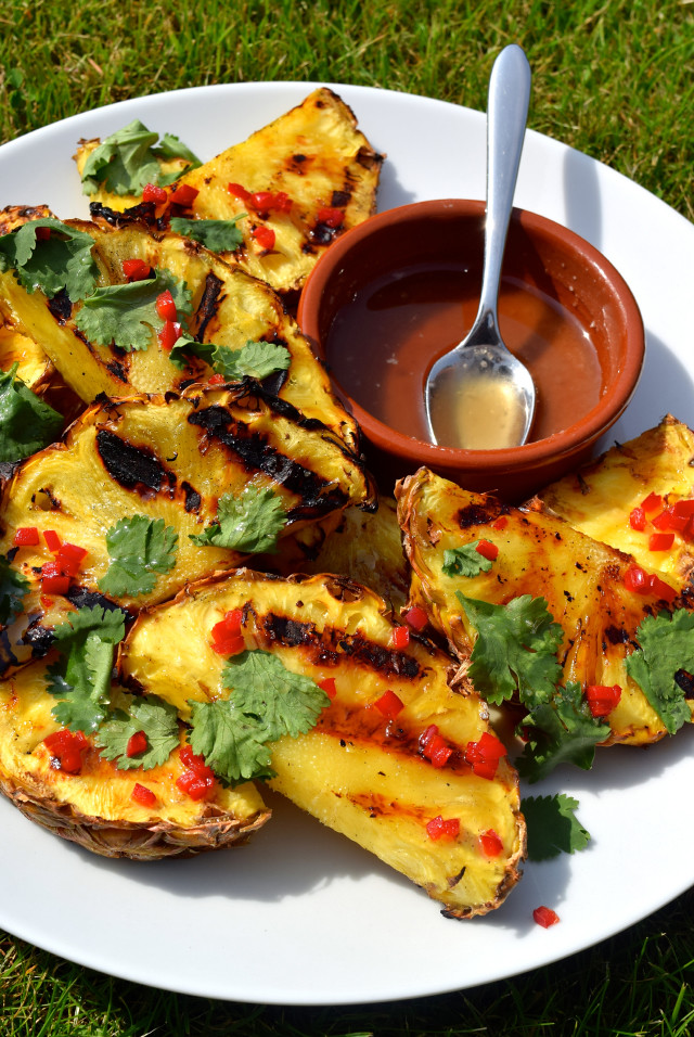 Barbecue Pineapple with Rum, Chilli and Coriander | www.rachelphipps.com @rachelphipps