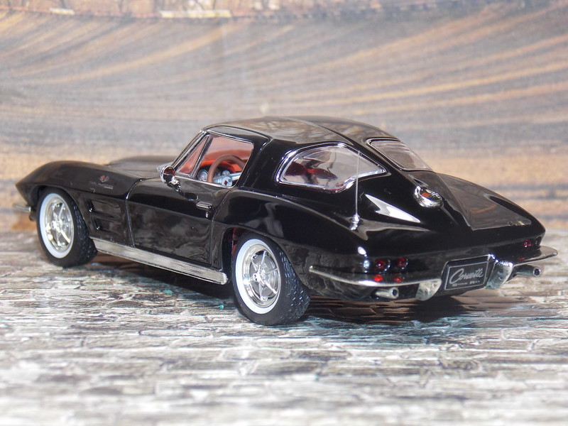 Chevrolet Corvette Sting Ray - 1963 - IXO