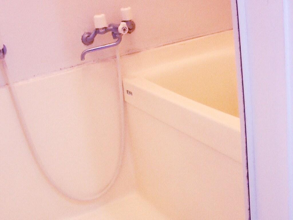 リノベーション前・バスルーム