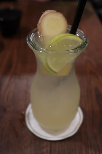 Hausgemachte Ingwer-Zitronengras-Limonade